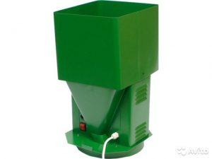 Измельчитель зерна (зернодробилка, мельница) Ярмаш-250 кг/ч